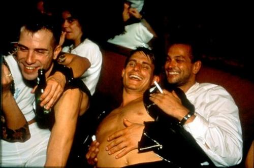 Nicolas, Clemens e Jens ridono al Pulp, Parigi, 1999
