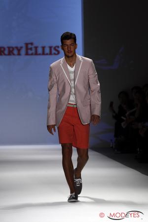 perry-ellis-ss2011-3