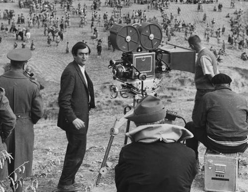 Stanley Kubrick sur le tournage de Spartacus (USA 1959-60) © The Stanley Kubrick Archive. 7. Sur