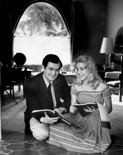 Stanley Kubrick et Sue Lyon sur le tournage de Lolita (GB/USA 1960-62) © The Stanley Kubrick Archive. 10. Lolita (GB/USA 1960-62) © Warner Bros. Entertainment Inc. 11. Stanley Kubrick et Sue Lyon sur le tournage de Lolita (GB/USA 1960-62) © The Stanley Kubrick Archive.